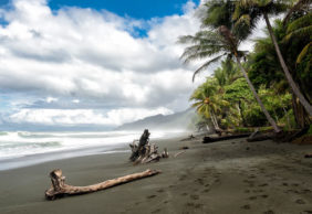 Which is the best season to visit Costa Rica?